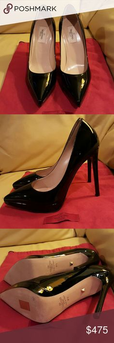 Valentino  Pump Black Leather  Stiletto  Pointed Pre-owned in a good condition ?? This item was worn once. Valentino Shoes Heels