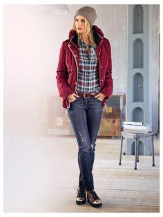 #Outdoorjacke #Bluse #Jeans #Muetze