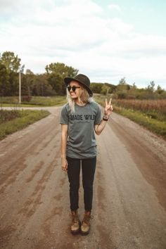 The Parks Apparel presents our Made Wild Unisex Tee. You weren't born to attend a luxurious gala in high heels and red-wine lipstick. The fastest cars are mediocre at best, and the idea of forty dolla Fall Outfits, Casual Outfits, Cute Outfits, Fashion Outfits, Cute Hiking Outfit, Summer Hiking Outfit, Hiking Outfits, Hiking Clothes, Chuck Taylors