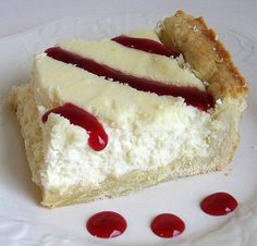 This recipe for traditional Polish cheesecake (sernik) has a sweet butter pastry crust and a sweetened, dry-curd cheese (farmer's cheese) filling. Polish Cheesecake Recipe, Easy No Bake Cheesecake, Cheesecake Recipes, Brownie Recipes, Polish Desserts, Polish Recipes, Fun Desserts, Dessert Recipes, Poland Food