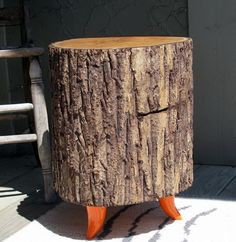 If you are dreaming of owning a furniture piece that will not only take care of your home interior or landscape, but also will take care of the environment, then having a piece or two of Tree Trunk Tables in your home is a perfect option. Tree Trunk Table, Pastels, Eco Friendly, Indoor, Interior, Furniture Redo, Wood Ideas, Side Tables, Superfood