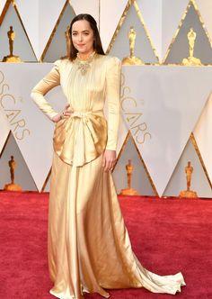 Dakota Johnson Oscar 2017 Red Carpet Arrival: Oscars Red Carpet Arrivals 2017 - Oscars 2017 Photos | 89th Academy Awards