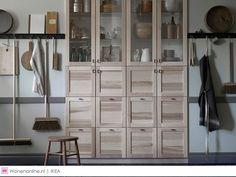 In de eerste koude maanden van het nieuwe jaar verwarm je jouw interieur met de nieuwe producten van IKEA. Nostalgische spiegels, een bed met dubbele functie, een kruidentuin voor in huis en een mes om kinderen mee te leren snijden. Laat je inspireren door al het moois om onder te slapen of mee te koken.