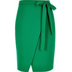 River Island Green wrap skirt ($43) ❤ liked on Polyvore featuring skirts, green, midi skirt, wrap midi skirt, river island, mid-calf skirt and wrap front skirt