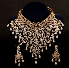 Pakistani Gold and diamonds Jewelry Set