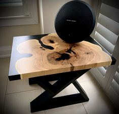 Made with black locust cookie, black epoxy resin and topped with awesome Oil, this end table is absolutely gorgeous. Just look at that sheen Epoxy Wood Table, Resin Table Top, Wood End Tables, Coffee Tables, Resin Furniture, Handmade Furniture, Rope Shelves, Wooden Shelves, Wainscoting Wall Paneling