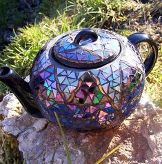 The World's Best Photos of mozaiek and mozaik Mosaic Art, Mosaic Glass, Blue Mosaic, Mosaic Crafts, Stained Glass, Teapots And Cups, Teacups, Tea Pot Set, Tea Sets