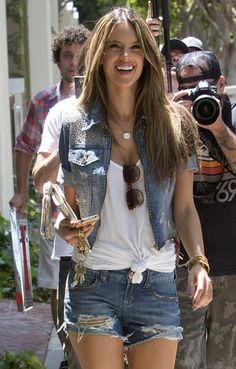 Alessandra Ambrosio: LINDAAAA denim jacket and shorts GG's tiny times