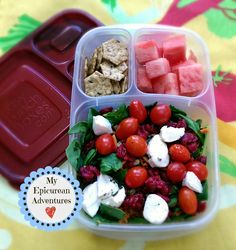 Healthy lunch idea packed in @EasyLunchboxes containers