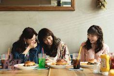 """(画像2/3)E-girls佐藤晴美が""""愛される理由"""" 鷲尾伶菜&中島美央が明かす魅力「ギャップが大きい」「破壊力がすごい」"""