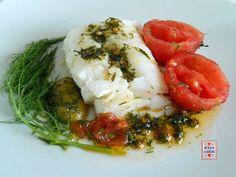 Merluzzo al vapore con pomodorini e finocchietto: un modo molto saporito di cucinare questo pesce. La ricetta è molto facile.