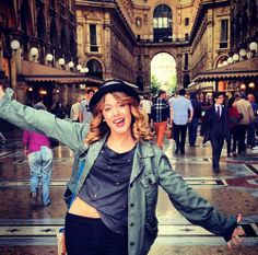 Martina Stoessel Violetta And Leon, Violetta Live, Disney Channel, Violetta Disney, Le Cv, Idol, Normal Girl, Teen Actresses, Actors