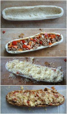 Gevuld stokbrood met gehakt, paprika en kaas