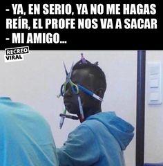 Nunca falta el amigo que es así Best Memes, Dankest Memes, Jokes, Freaking Hilarious, Really Funny Memes, I Feel Stupid, Spanish Memes, Quality Memes, Marvel Memes