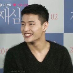 Kang Haneul, Why Im Single, Musical Theatre, Korean Actors, Men Fashion, Netflix, Musicals, Baby Boy, Husband