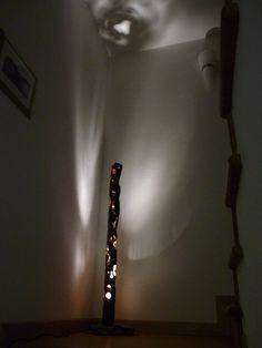 RUGGINE A RAGGETTI. Lampada realizzata in ferro intagliato