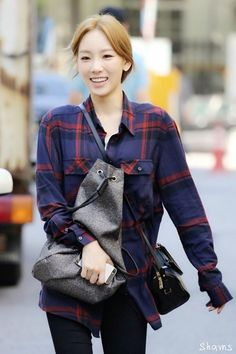 Taeyeon fashion, i really like the shirt