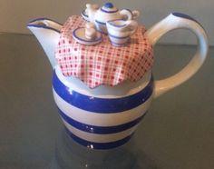 South-West-Ceramics-Authentic-English-Tea-Pot-UK-Tea-Picnic-Motif