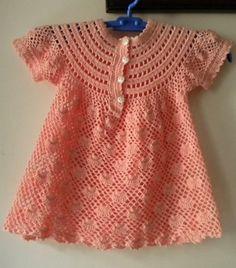 Robe rose et ses grilles gratuites ! Crochet baby dress Croche bebe vestidos