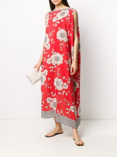 P.A.R.O.S.H. Draped floral-print Dress - Farfetch Maxi Styles, Boho Fashion, Fashion Design, Red Silk, Boho Dress, Pretty Dresses, Size Clothing, Floral Prints, Women Wear