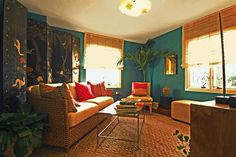 turquiose walls cognac leather furniture   Jewels On The Bay 2006 ASID Designer Showhouse