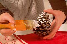 Inspirujte se na vánoce dekoracemi ze šišek, s kterými ušetříte velké množství peněz a zkrášlíte si svůj domov!   České vychytávky