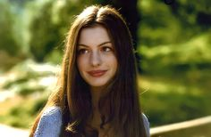 Ella Enchanted Movie, Anne Hathaway Fotos, Anne Hattaway, Girl Crushes, Celebrity Crush, Role Models, Pretty Woman, Pretty People, Actors & Actresses