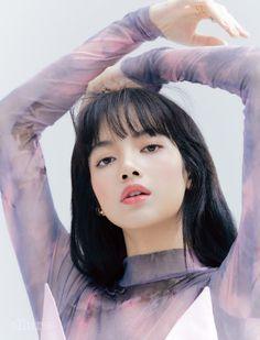 Blackpink Lisa, Blackpink Jennie, Kpop Girl Groups, Korean Girl Groups, Kpop Girls, Chica Cool, Blackpink Members, Lisa Blackpink Wallpaper, Black Pink Kpop