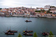 vista privilegiada dos barcos rabelos ancorados no Rio Douro