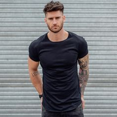 Basic TShirt von VBstyle ph New Site is part of Mens hairstyles - Basic tshirt pronto en VBstyle ph Basic TShirt pronto en Hair And Beard Styles, Curly Hair Styles, Bart Tattoo, Hipster Haircuts For Men, Gents Hair Style, Popular Haircuts, Fade Haircut, Hairstyles Haircuts, Mens Hairstyles Fade