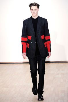 Raf Simons Fall 2010 Menswear - Collection - Gallery - Style.com