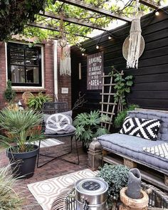 Small Rustic Terrace Garden Design Ideas with Low Budget to Improve Your H. Small Rustic Terrace Garden Design Ideas with Low Budget to Improve Your Home Pergola Shade, Pergola Patio, Backyard Patio, Pergola Kits, Backyard Ideas, Porch Ideas, Small Pergola, Boho Garden Ideas, Modern Pergola