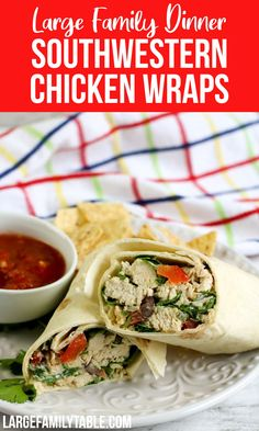 Southwestern Chicken Wraps Chicken Wrap Recipes, Chicken Wraps, New Recipes, Dinner Recipes, Family Recipes, Dinner Ideas, Southwestern Chicken, Large Family Meals, Romaine Salad