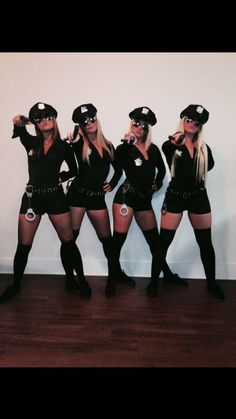 Sexy cop Halloween costume More -You can find Group costumes and more on our website.Sexy cop Halloween costume More - Disfarces Halloween, Cute Group Halloween Costumes, Halloween Outfits, Halloween College, Women Halloween, Halloween Couples, Halloween Makeup, Kid Costumes, Children Costumes