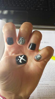 Field hockey season.. I need to do this nail art to my nails :)