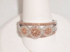 Rose & white gold highlighted by white & light brown diamonds !