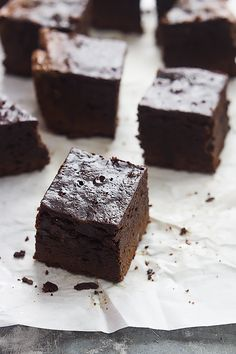 Slow Cooker Brownies - easy to make right in your crockpot!