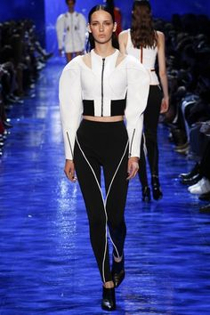 View the complete Mugler Spring 2017 collection from Paris Fashion Week.