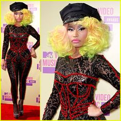 Nicki Minaj attending the 2012 MTV VMAs
