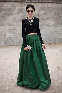 Green maxi skirt. Street style.