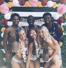 Party like a pineapple Interracial Celebrity Couples, Interracial Art, Interracial Family, Interracial Marriage, Black Guy White Girl, White Girls, White Women, Black Men, Black Guys