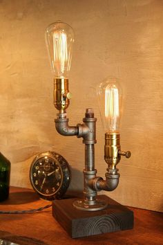 Classic Edison Deluxe Brass Dimmable Industrial Lamp With Oak Base