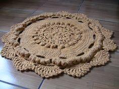 Alfombra de lana natural 100% de oveja. Diametro 90cm, peso netto = 1,2kg. Hecho de mano Laliko Art Decor Studio (Santiago, Chile) http://lalikoartdecor.wixsite.com/lalikoartdecor