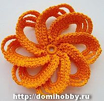 Selection of fab crochet flowers with photo-tutorial and diagrams