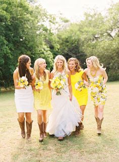Country wedding, yellow and white wedding bridesmaids dress
