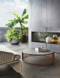 Caulfield Outdoor coffee table by Minotti — Contemporary Interior Design, Interior Design Tips, Home Interior, Interior Decorating, Outdoor Side Table, Outdoor Coffee Tables, Muebles Living, Design Your Dream House, Outdoor Spaces