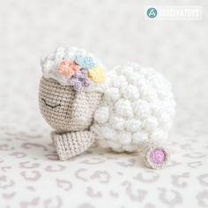 Lamb Shelby amigurumi pattern by AradiyaToys