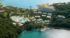 Luxury hotel in Greece for your wedding time!