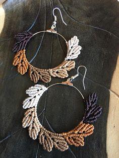 Macrame Bracelet Patterns, Macrame Bracelet Tutorial, Crochet Earrings Pattern, Macrame Earrings, Macrame Patterns, Macrame Jewelry, Macrame Bracelets, Bracelet Crafts, Jewelry Crafts