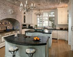 Step inside five homes for sale with incredible kitchens, and visit FrontDoor's Cool Houses Daily blog to see more amazing properties on the market.